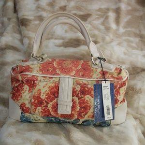 Vera Wang Simply Vera Hand Bag Floral Pattern NWT